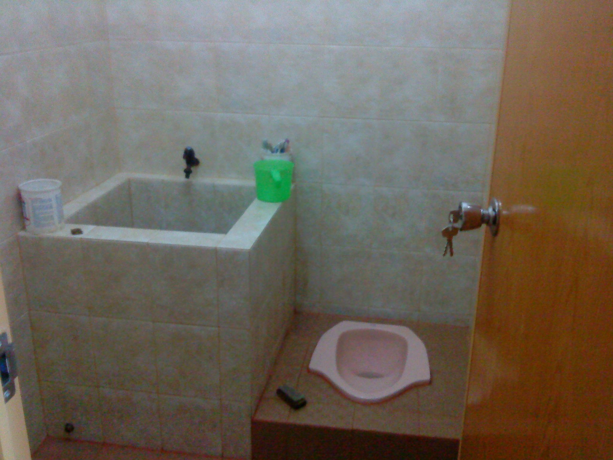 keramik dinding kamar mandi terbaru 2015 terlengkap
