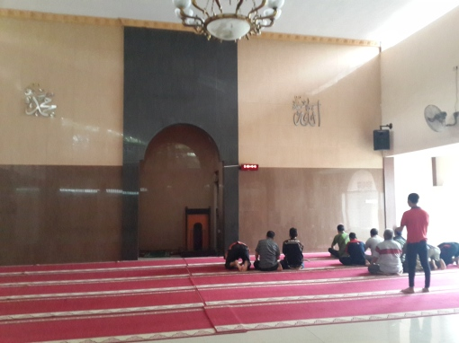 MAsjid rest area dekat k tengah